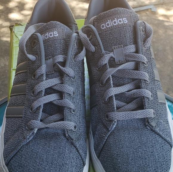 Adidas neo cloudfoam footbed gray NIB